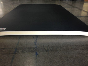 bowed/curved mat